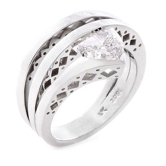 18 CARAT WHITE GOLD DIAMOND RING #UweKoetter