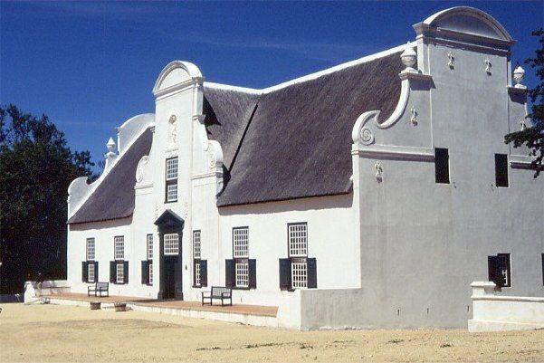 I love traditional Cape Dutch architecture.