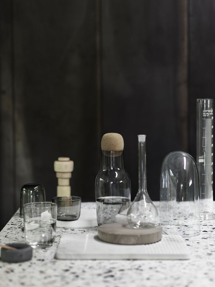 MUUTO LAUNCHES 'CORKY' CARAFE & GLASSES IN GREY TINTED GLASS – UNDERLINING A PERSONAL PREFERENCE FOR THE CLASSICAL AND DISTINCTIVE. Just like CORKY in clear glass, the new carafe and glasses in grey have a sophisticated, round form language. #muuto #muutodesign #scandinaviandesign