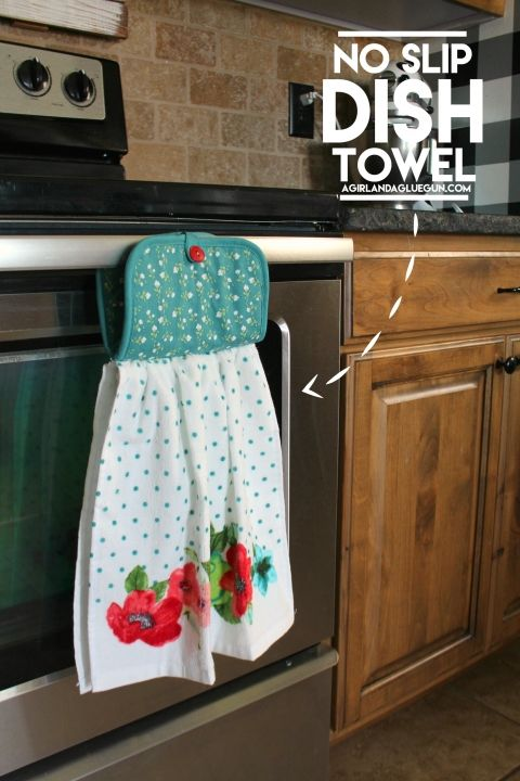 DIY no slip dish towel tutorial. What a great idea!