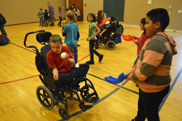 including a child with severe cerebral palsy in physical education a case study