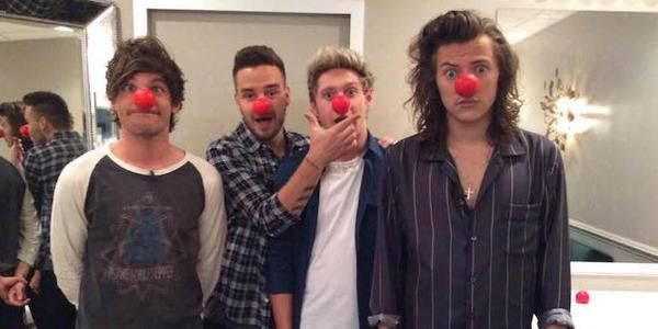 rednose day 1D (zayn is the fifth nose on the corner) so sad :(