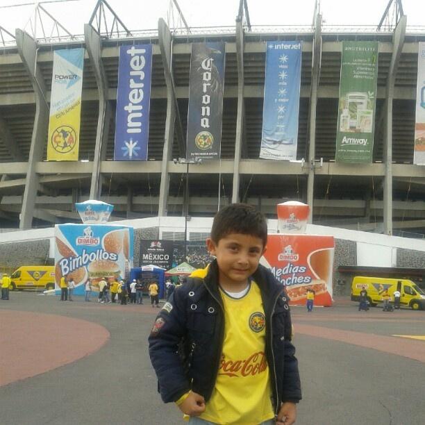 En el Estadio Azteca