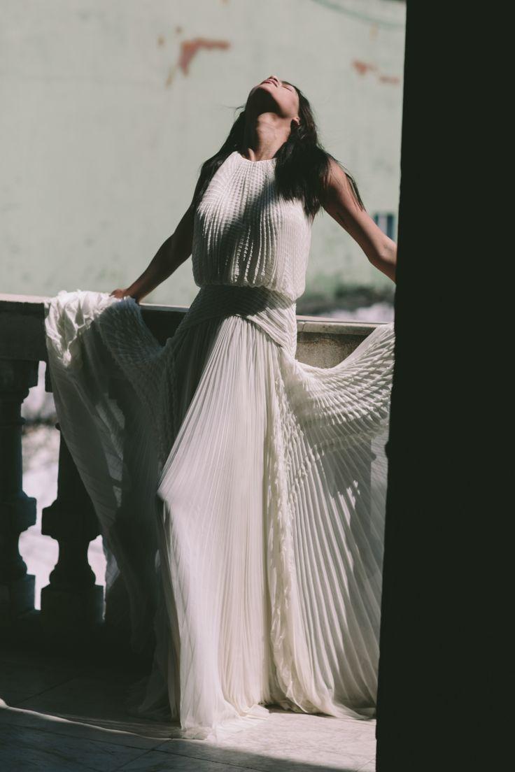 485 best Wedding Dresses and Veils images on Pinterest | Bridal ...