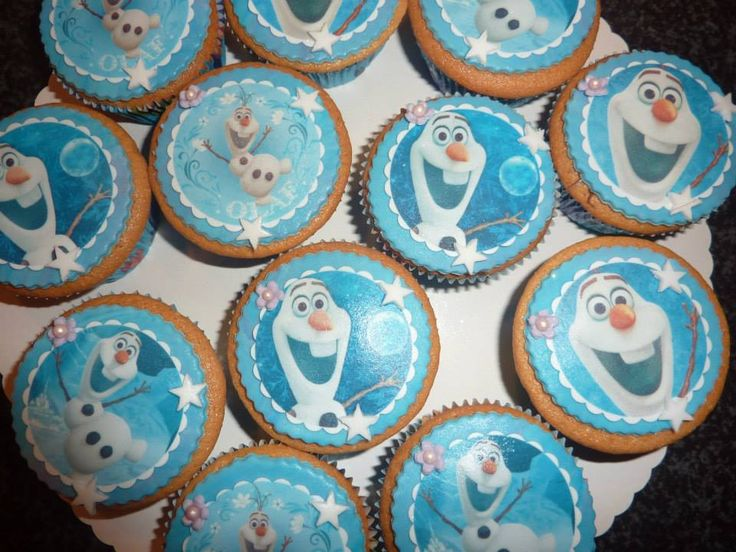 frozen olaf cupcake
