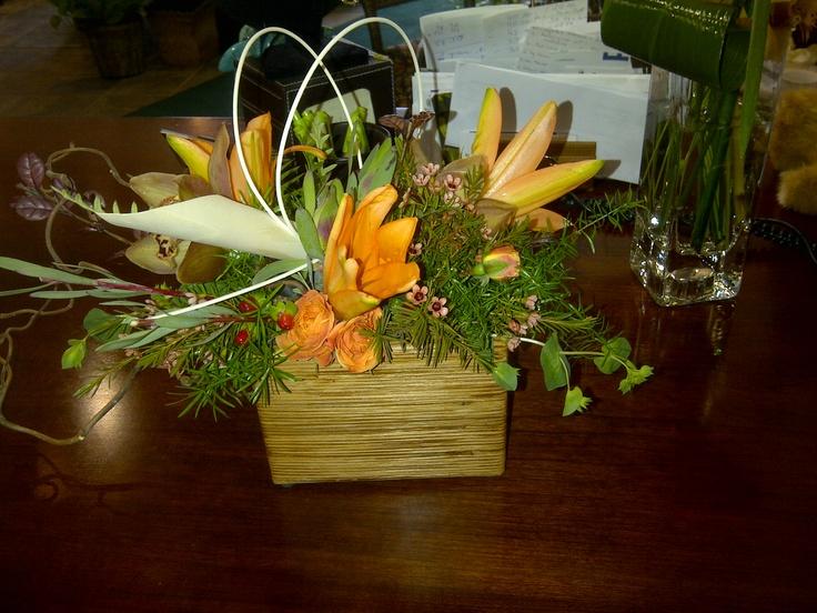 Small table arrangement