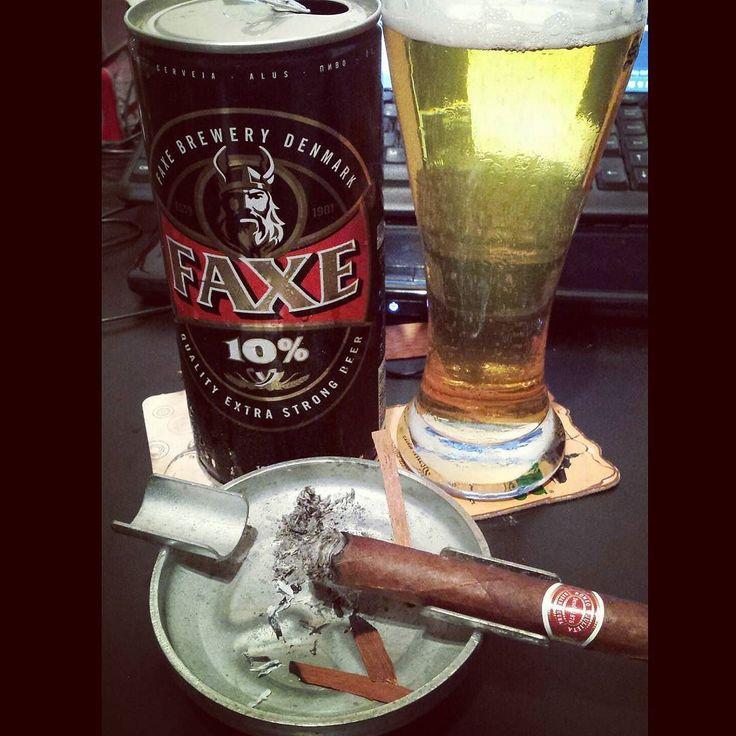 Good nigth! #ipa #beers #faxe #nigth #charuto #cigar #romeoyjulieta #habana #cubano #thenational #demons by adilsonkilhas