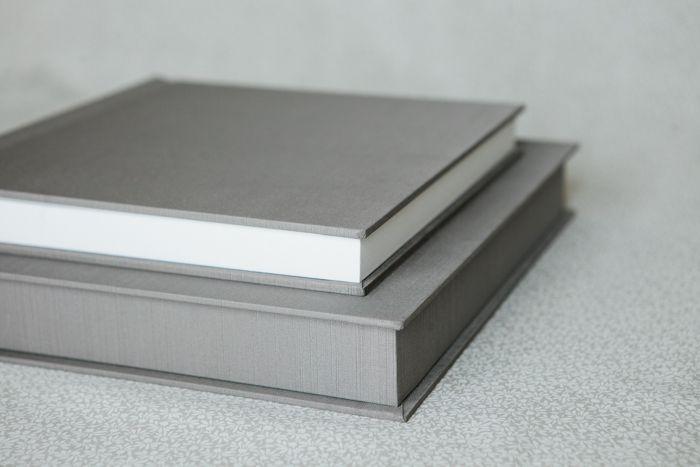 Renaissance Albums - 10x10 SoHo Book | Silk Shantung - Taupe Cover | Plain Cover - Deluxe Presentation Box | 17 Pages | Source: Anna Guziak (annaguziak.com)