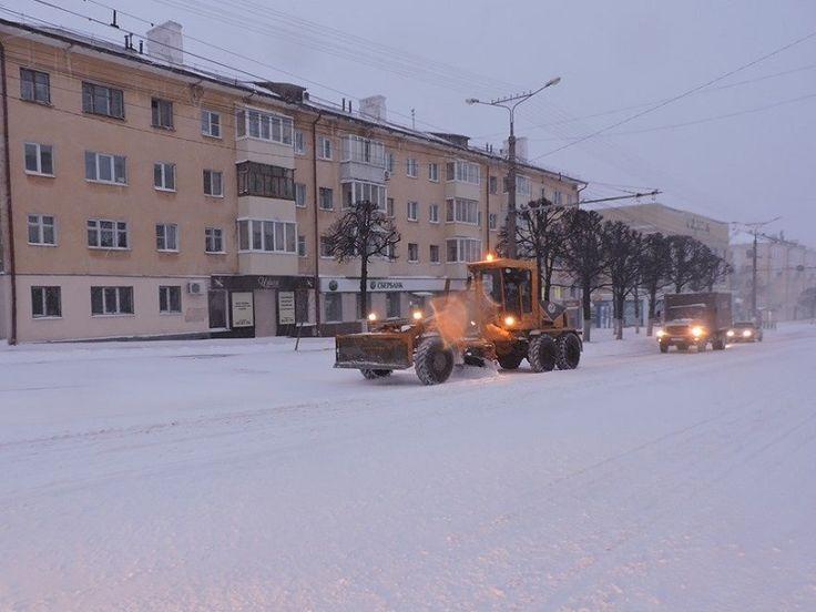 Апрельский снегопад «парализовал» движение транспорта в Чебоксарах | Мой город Чебоксары - ежедневная интернет-газета