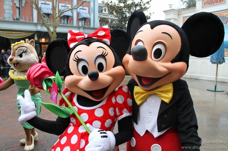 Valentine's Day at Disneyland Paris – February 14, 2013