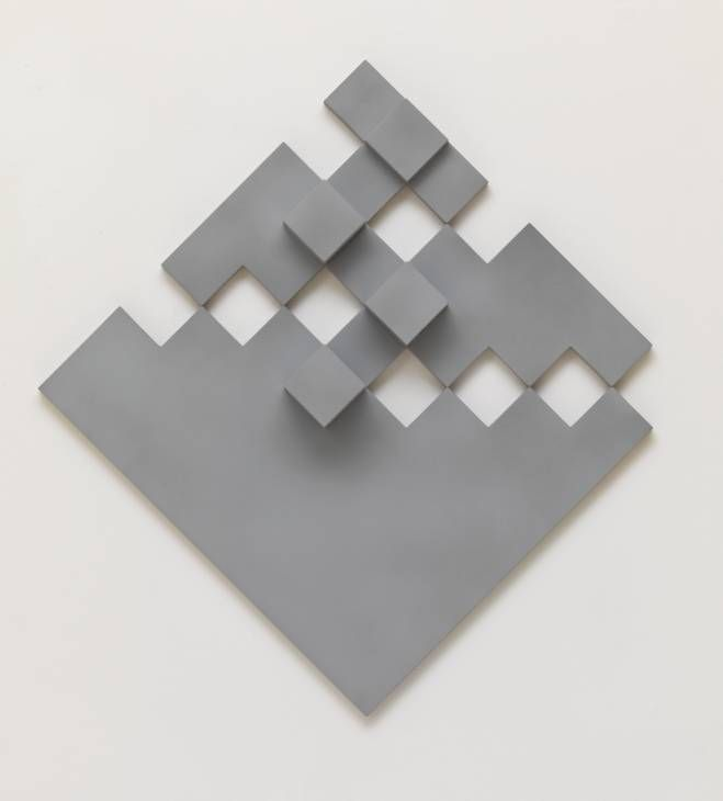 Peter Lowe 'Diagonal Grey Relief', 1974 © Peter Lowe