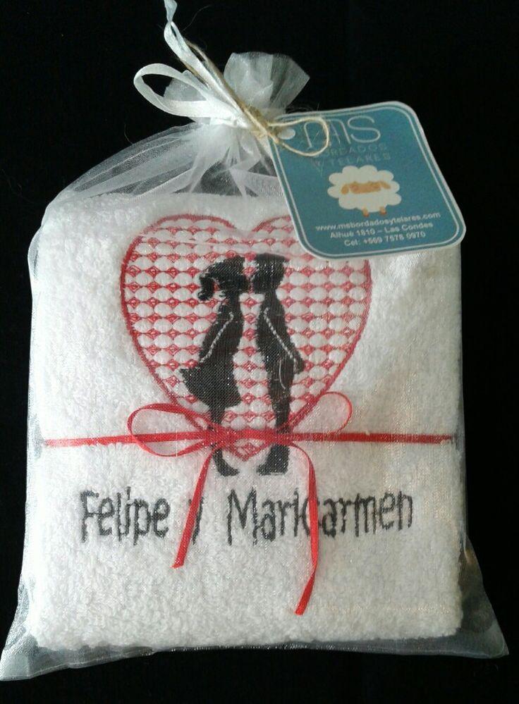 Toalla Facial bordada #amor #romance #regalo #romántico #matrimonio #toalla #bordado