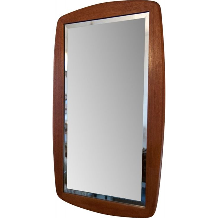 Scandinavian mirror in teak and glass from the 60s. Structure in teak. Possible to hang it on a wall. Good vintage condition, some traces of wear.