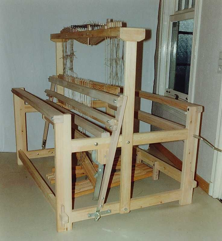 Floor Looms For Sale: 42 Best Images About Weaving Studio On Pinterest