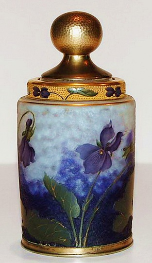 Bottle with irises in the modernist style of the brothers Daum, Art Nouveau.