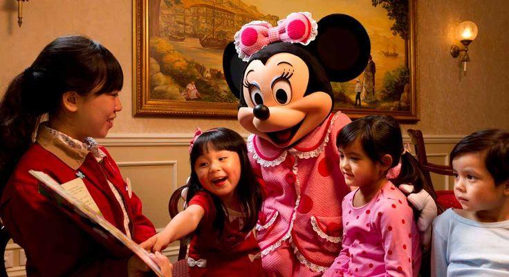 Kid-friendly Hong Kong Hotel. Disneyland Hotel Hong Kong, Family-friendly resort for Kids, Great Kids Club, fun hotel for kids, Disneyland Resort, rides