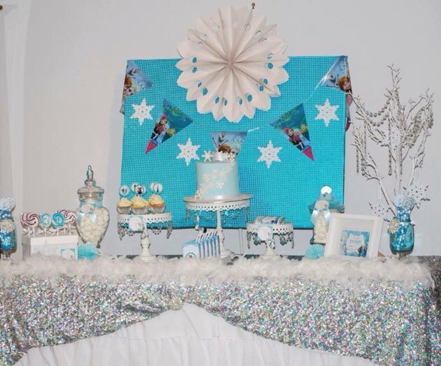 Frozen Inspired kids party table set up we styled - www.tickledpinkcelebrations.com.au