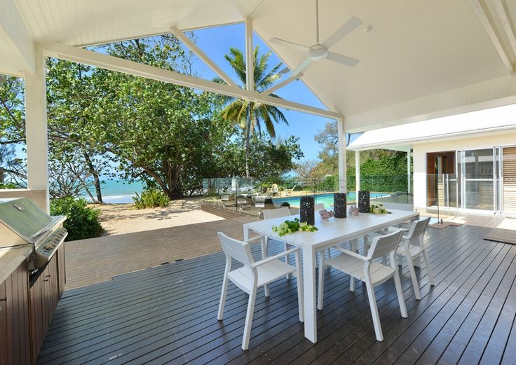 Queensland Holiday Houses.  Executive Retreats offer the best selection of holiday houses in Tropical North Queensland.  http://www.executiveretreats.com.au/ This is The Beach House on Oak Beach.