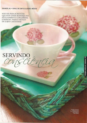 newspaper crafts - one full catalog of crafts at the link