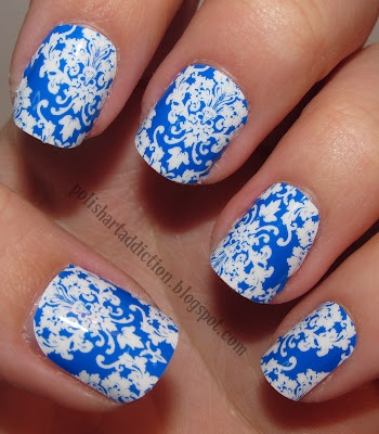 Love the design: Nails Art, Nails Design, Jamberry Nails, Nails Patterns, Damasks Nails, Nails Polish, Electric Blue, Blue And White, Blue Nails