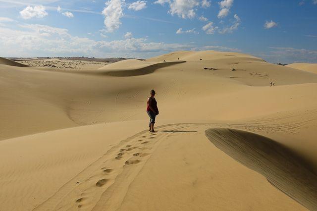 Des dunes de sable au Vietnam? Je ne savais pas qu'un tel truc existait, du moins je ne m'en souvenais pas. Quelle …