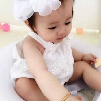 Sweet Solid Lace Sleeveless Romper for Baby Girls