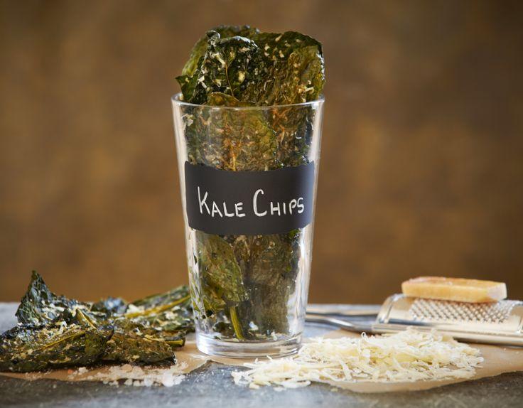 Crunchy Parmesan Kale Chips
