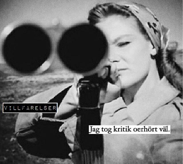 """""""Kritik"""" #kritik #väl #villfarelser #humor #ironi #allvar #text #tryck #foto…"""