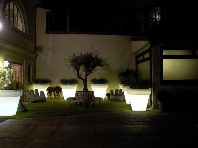 Bright flower pots