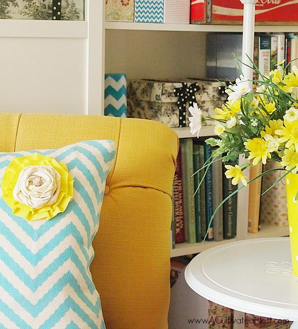 The Perfect Spring Pillow