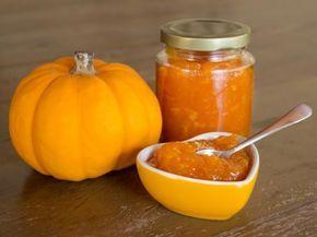 Cómo hacer dulce de calabaza. La calabaza es un ingrediente muy usado en los meses de octubre pues la fiesta de Halloween suele usar este alimento para hacer distintos platos. Una de las recetas con calabazas favoritas de los niño...