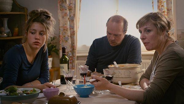 Review: Blue Is the Warmest Color | Film Comment
