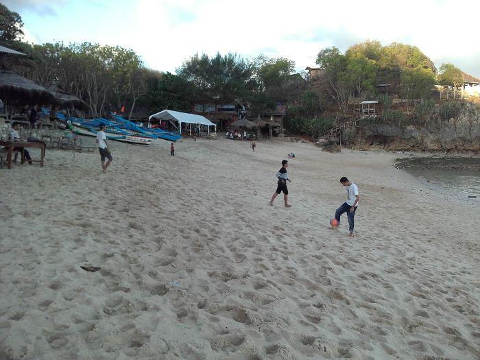 Pantai Ngandong, Gunungkidul, DI Yogyakarta