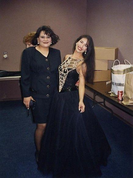 Fotos y recuerdos de la inmortal Selena