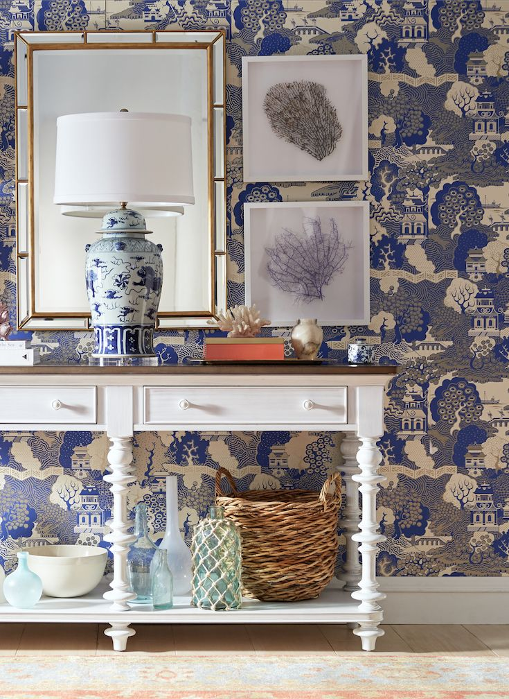 Blue and white and chic all over!
