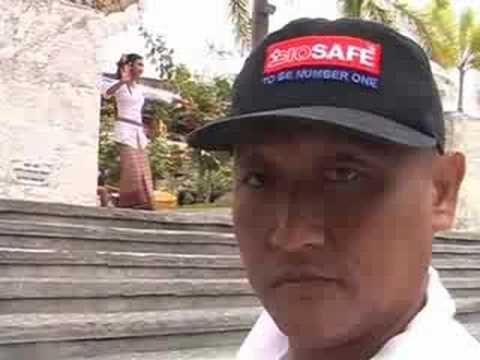 Selfie - Bali Island 2008 (Dandut Remix)  Video tahun 2008  FOTO DIRI SENDIRI MANDIRI Jelek dan malu tapi ........  Banyak iklannya !