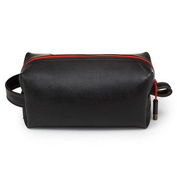 25  best ideas about Toiletry Bag on Pinterest   Packing toiletries   Packing tips and Travel essentials. 25  best ideas about Toiletry Bag on Pinterest   Packing