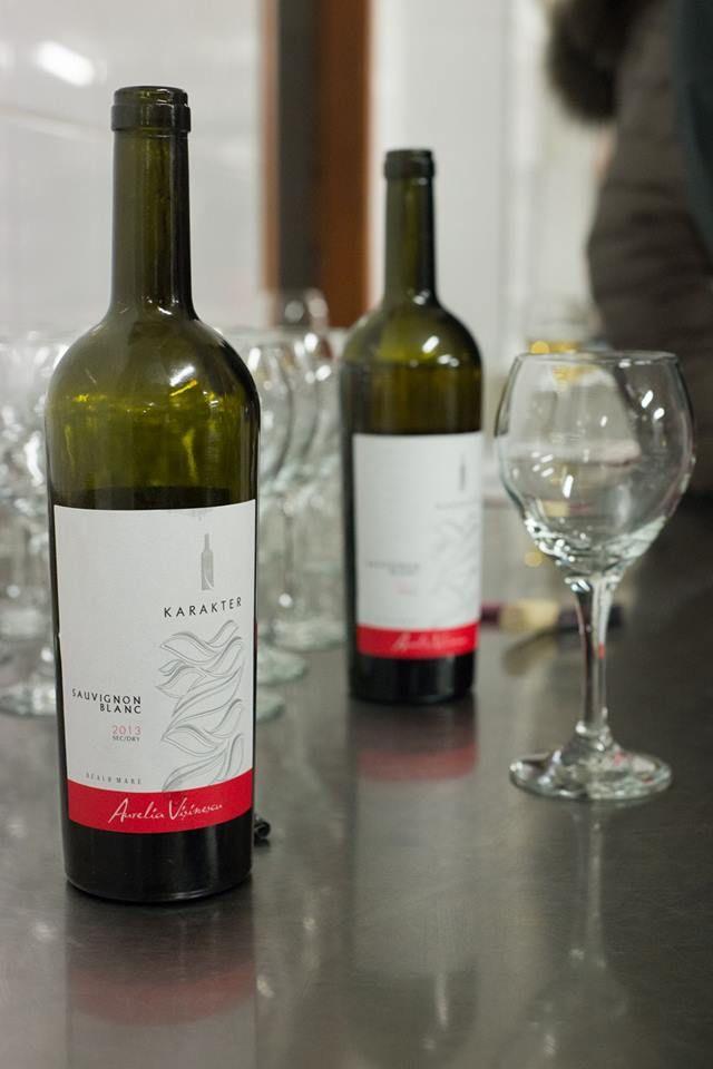 Karakter red wine. Aurelia Visinescu.