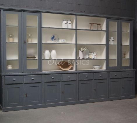 Enorme oude vitrinekast-boekenkast, uniek exemplaar | Winkelkast | 1-1606-039 | Old BASICS | BROCANTE - INDUSTRIEEL - VINTAGE