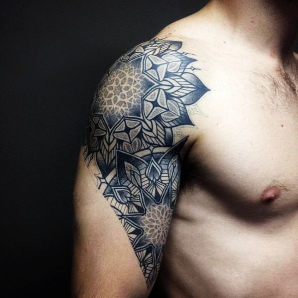 80 Great Shoulder Tattoos For Men And Women To Try Half Sleeve Tattoos For Guys Mens Shoulder Tattoo Tattoo Sleeve Men