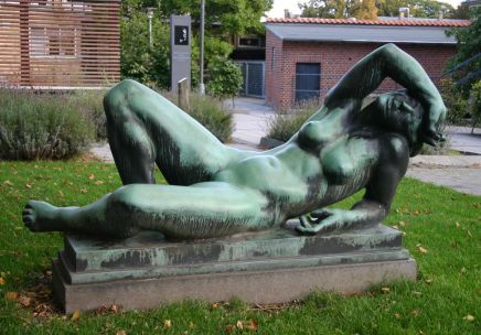 Leda (without the swan) 1937 placed outside Svendborg Library. Its in fact a copy made after an original from 1920.