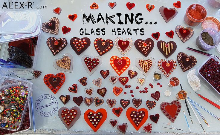 Behind the scenes at the Glass Studio. Work on the lightbox 01.02.15: Making Glass Hearts for Valentine's Day