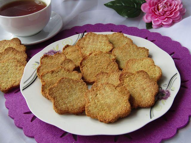 Do dzisiejszej kawy polecam pyszne ciasteczka z mąki kokosowej. Każdemu będą smakować, bo są przepyszne. Polecam!!!      SKŁADNIKI:  150g mą...