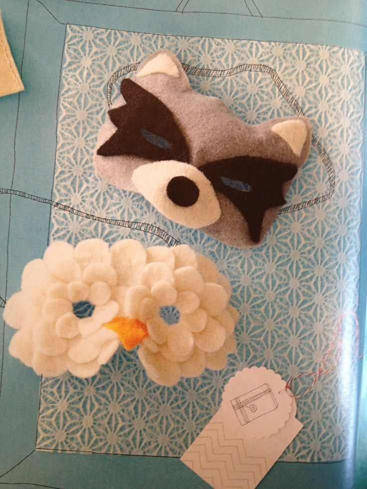 Felt masks for fall party - would be cool to send these to guests.