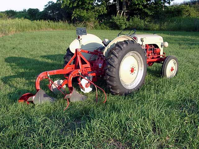 1949 ferguson tractor with plow | 8N Ford Tractor Registry (1947 thru 1950)