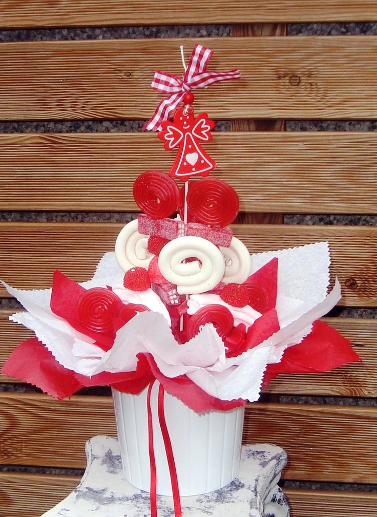 Centro chuches navidad http://www.floristeriabast.com/ http://fuentesdechocolatebast.com/ https://www.facebook.com/FuentesDeChocolateBast?ref=hl