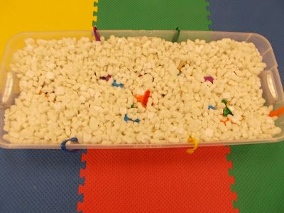Miss Courtney Meets Bobo: Messy Learning Lab: Packing Peanuts Sensory Bin