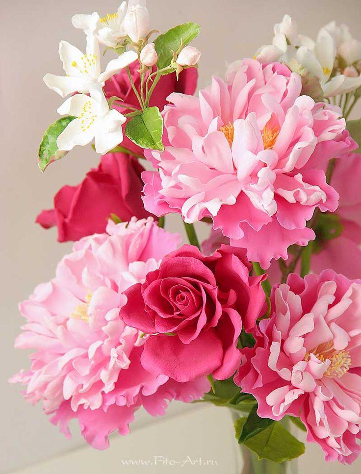 Clay handmade flowers by Ekaterina Zverzhanskaya. Pink peonies and apple flowers. Композиции : Букет с бордовыми розами и пионами. Цветы из глины - В НАЛИЧИИ - Fito Art