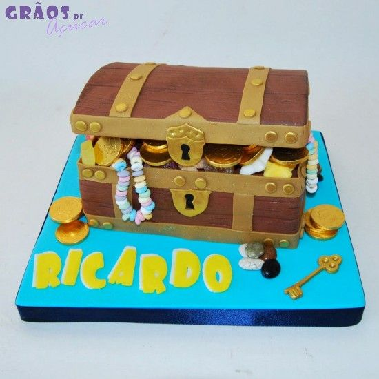 Piratas - Arca do Tesouro - Grãos de Açúcar - Bolos decorados - Cake Design