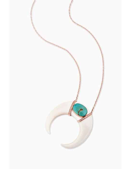 Rencontre avec la créatrice de bijoux Jacquie Aiche http://www.vogue.fr/joaillerie/portrait/diaporama/jacquie-aiche-bijoux-interview-turquoise-hod/10649/image/645803#5